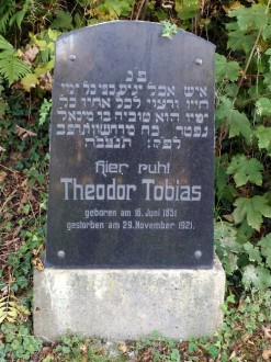 Grave stone of Theodor Tobias in Altenkirchen