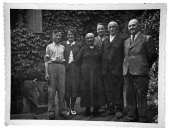 Albert Tobias mit Familie