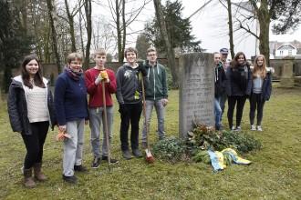 AG Jüdischer Friedhof im März 2015.